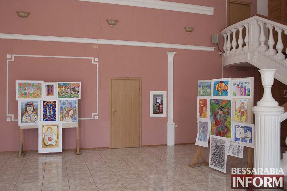 В Измаиле награждали победителей конкурса «Юные таланты Бессарабии»(фото)