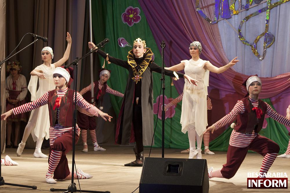 IMG_4819 Сегодня в ДК Шевченко поздравили  женщин Измаила(фото)