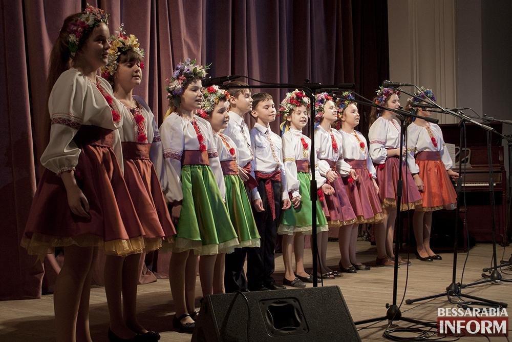 IMG_4844 Сегодня в ДК Шевченко поздравили  женщин Измаила(фото)