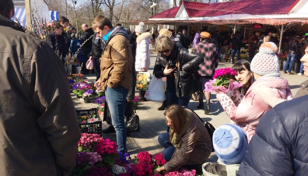 Измаил: букет стоимость в 14900 грн. - рекорд 8 марта 2015 (фото)