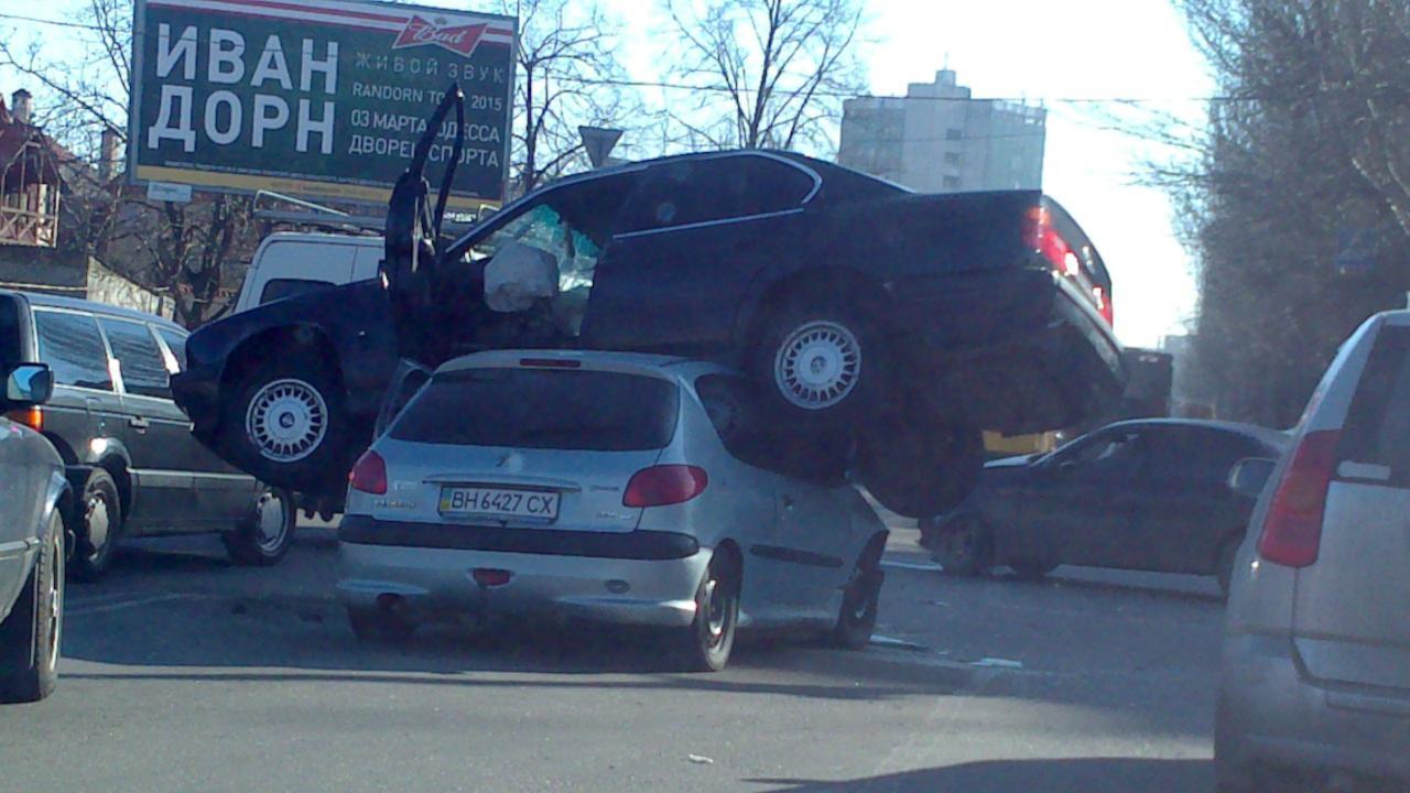 Необычное ДТП в Одессе (фото)
