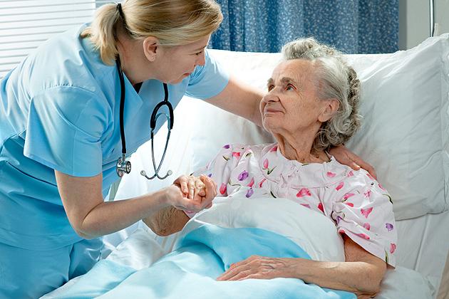 iStock_000016132671Small Аккерман: к пожилой женщине вовремя подоспели спасатели