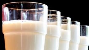 moloko-v-stakanah-300x162-290x162 Цены на молочную продукцию в Украине к концу 2015 года вырастут на 20%
