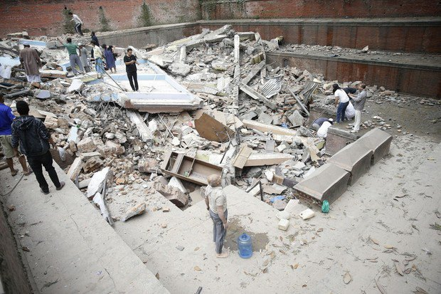 553b51a465cc8 В Непале произошло землетрясение, больше 1000 погибших (фото)
