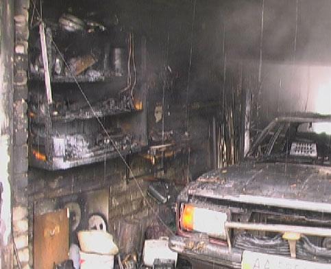 В Аккермане горел гараж  с автомобилем
