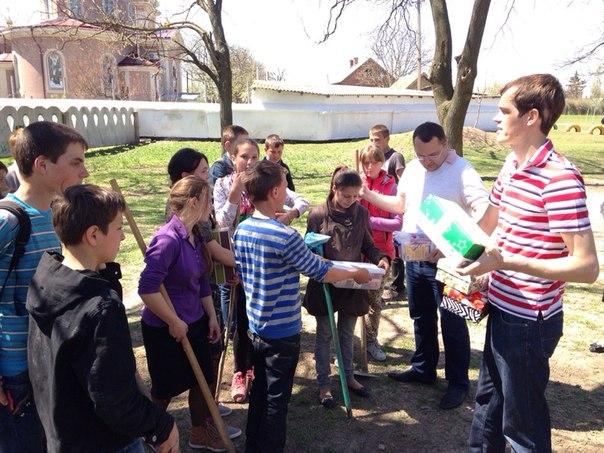 K2KtAjJ00jQ-1 В селе Шевченково Килийского р-на прошел традиционный субботник