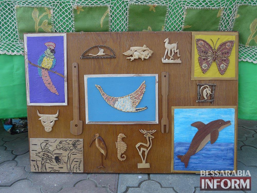 P1000199 Творчество измаильских школьников на выставке в ДК