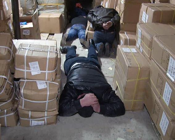 """Безработные из Бессарабии обворовывали промрынок """"7 километр"""" (фото, видео)"""