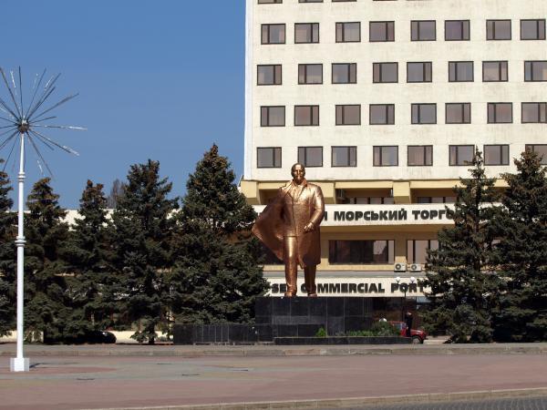 Мэр Ильичевска придумал как не переименовывать город