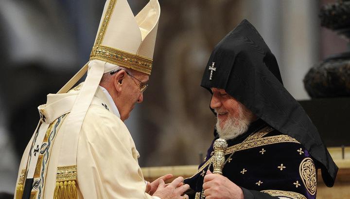 Папа Римский: геноцид армян, нацизм и сталинизм - самые большие трагедии ХХ века