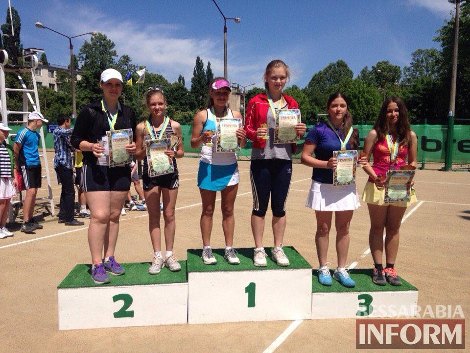 13oZeogIEcM В Измаиле  завершился юношеский теннисный турнир «Червона Рута»