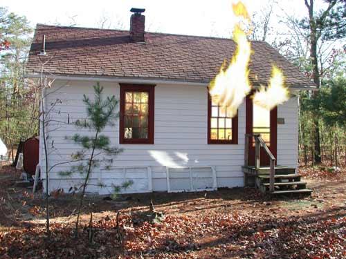 1417986083_10 В Белгород-Днестровском горел жилой дом