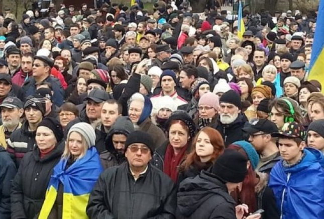 492841-7 Одесские евромайдановцы требуют уволить губернатора и начальника ОблУВД