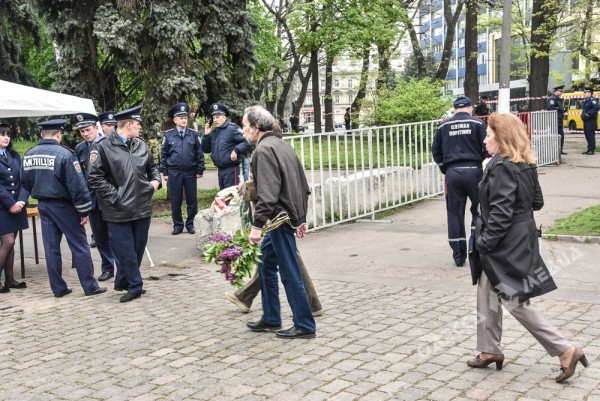 6c5e46bd4c693427f85de9cf6702f3b3.jpg.pagespeed.ce_.jtViBb8vwv 2 мая. В Одессе все спокойно (фото, видео)