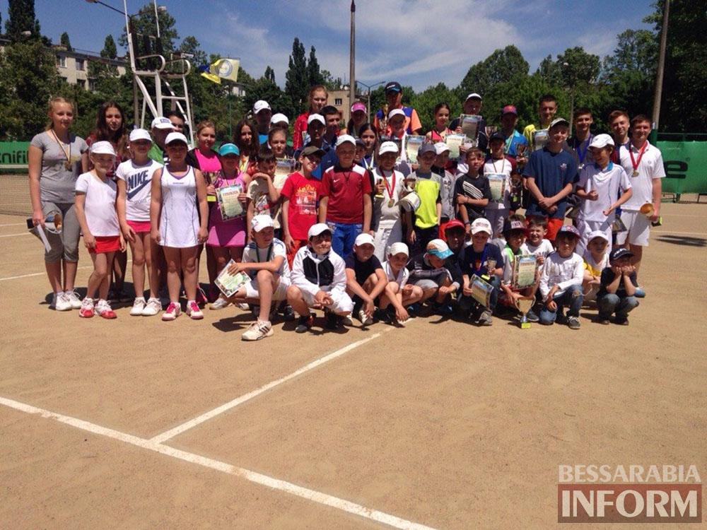 EtQ4jiCocVA В Измаиле  завершился юношеский теннисный турнир «Червона Рута»