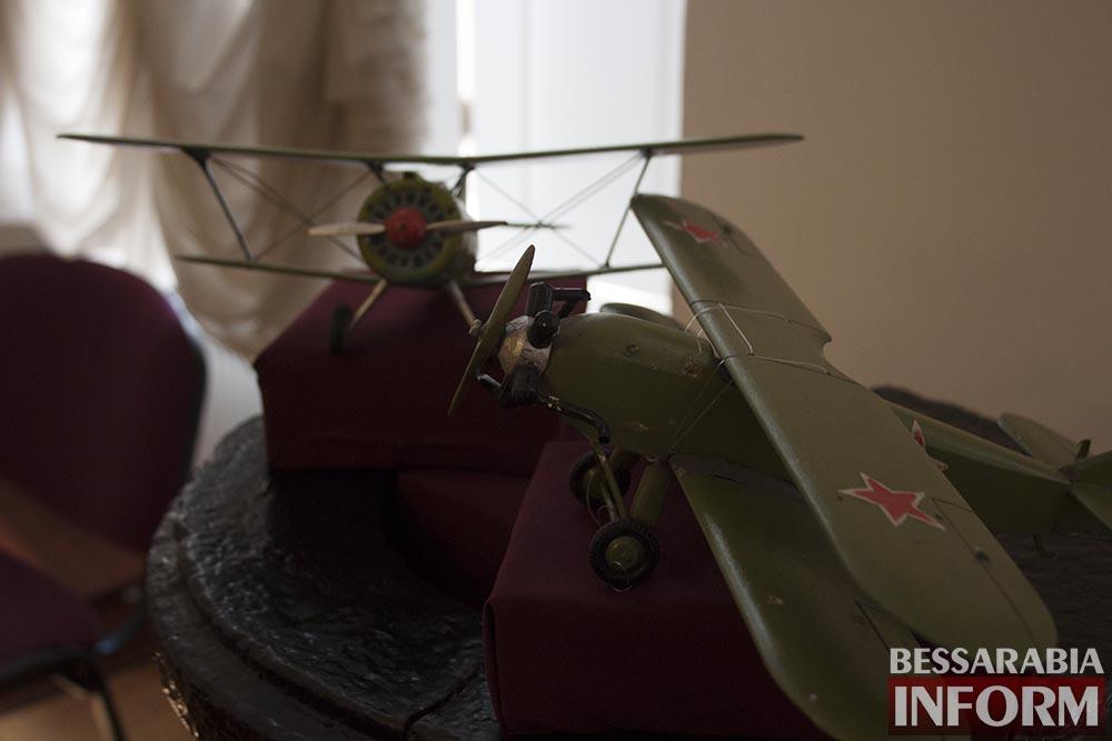 Школьникам Измаила демонстрировали боевую мощь Второй мировой войны