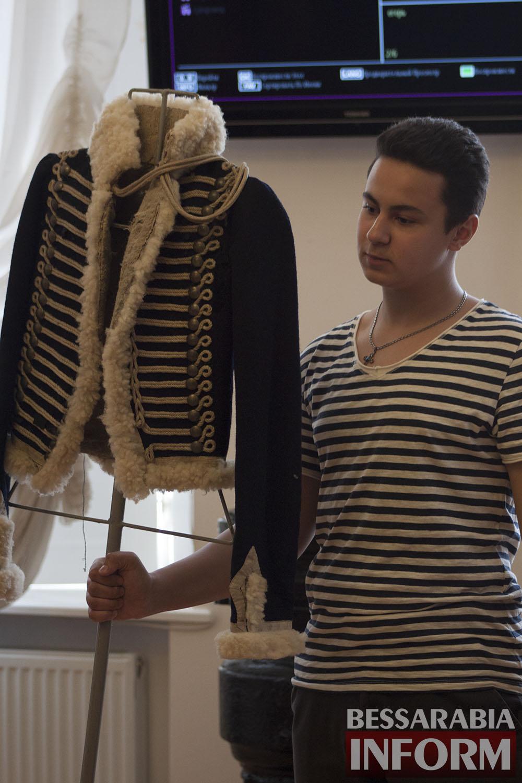 IMG_9438 Измаил: в музее  Суворова прошло  модное дефиле военных костюмов (фото)
