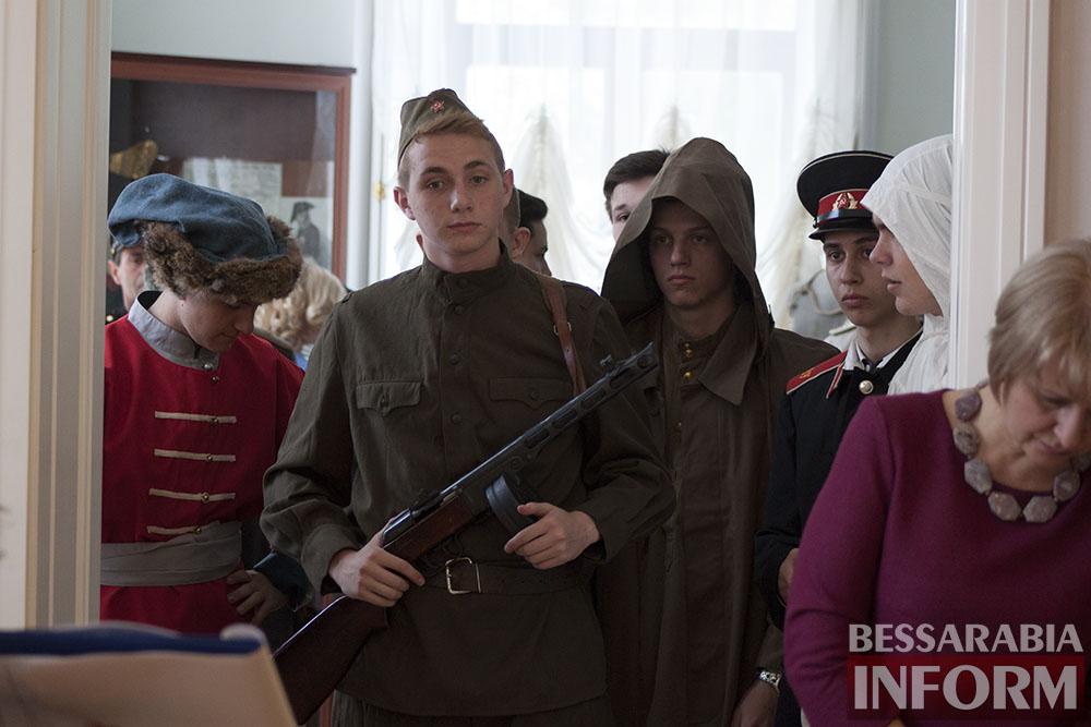 IMG_9457 Измаил: в музее  Суворова прошло  модное дефиле военных костюмов (фото)