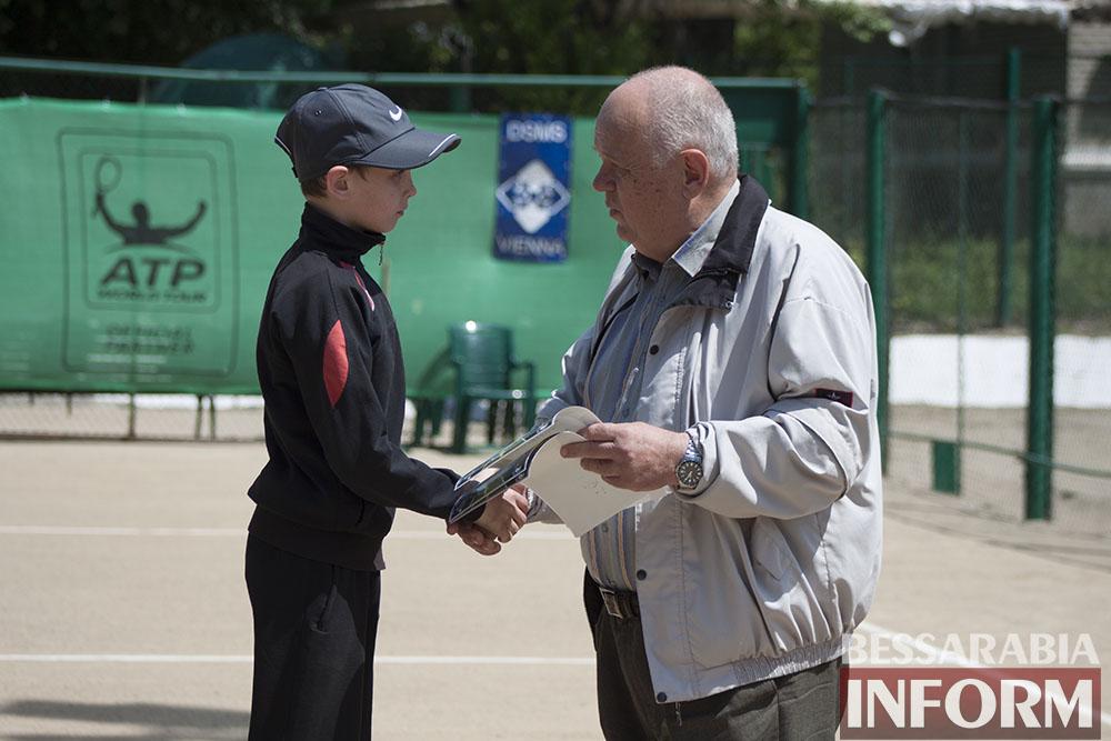 IMG_9556 В Измаиле  завершился юношеский теннисный турнир «Червона Рута»