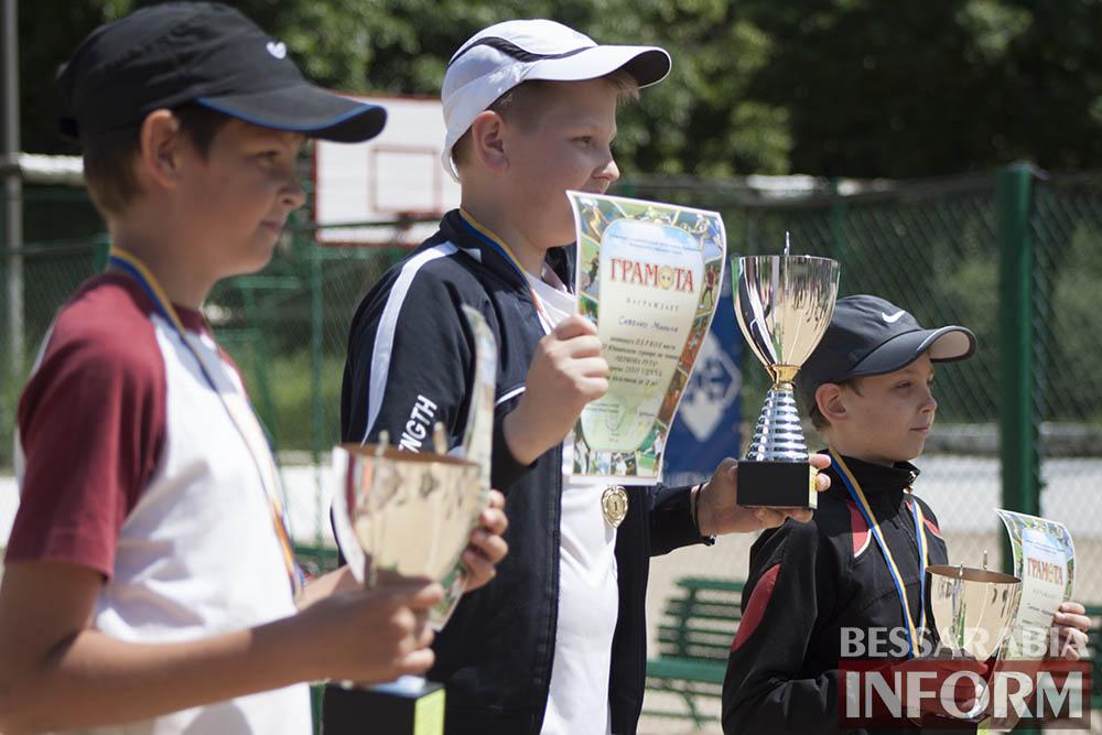 IMG_9570 В Измаиле  завершился юношеский теннисный турнир «Червона Рута»