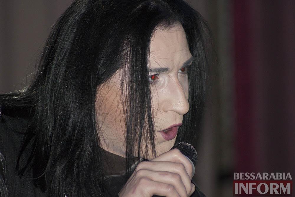 Измаил посетил обладатель уникального голоса Артем Семенов
