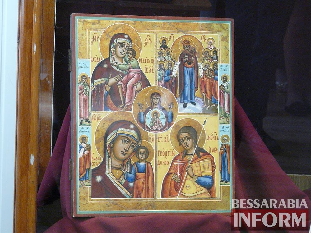 P1050056 Измаил: ко Дню музеев открылась выставка отреставрированных экспонатов