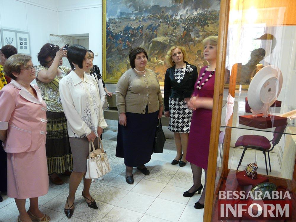 P1050081 Измаил: ко Дню музеев открылась выставка отреставрированных экспонатов