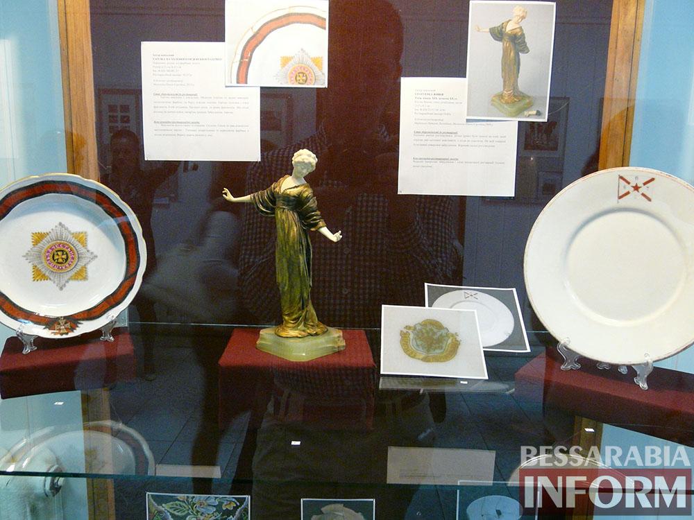P1050092 Измаил: ко Дню музеев открылась выставка отреставрированных экспонатов