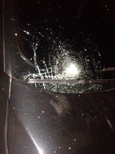 zYa_B09mPhM В Измаиле водитель BMW сбил девушку на тротуаре