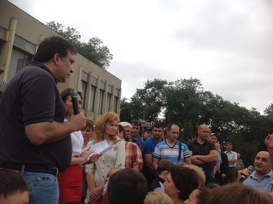 саакашвили-в-татарбунарах Саакашвили шокировал жителей Татарбунар