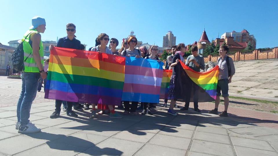 10525931_831275363628742_7227526564468132624_n В Киеве прошел гей-парад: есть пострадавшие и задержанные (фото)