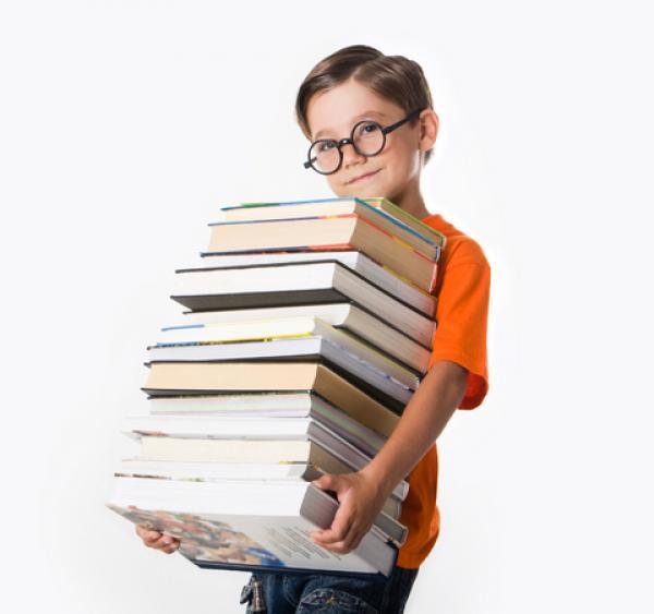 В Минобразования советуют родителям не спешить с покупкой учебников