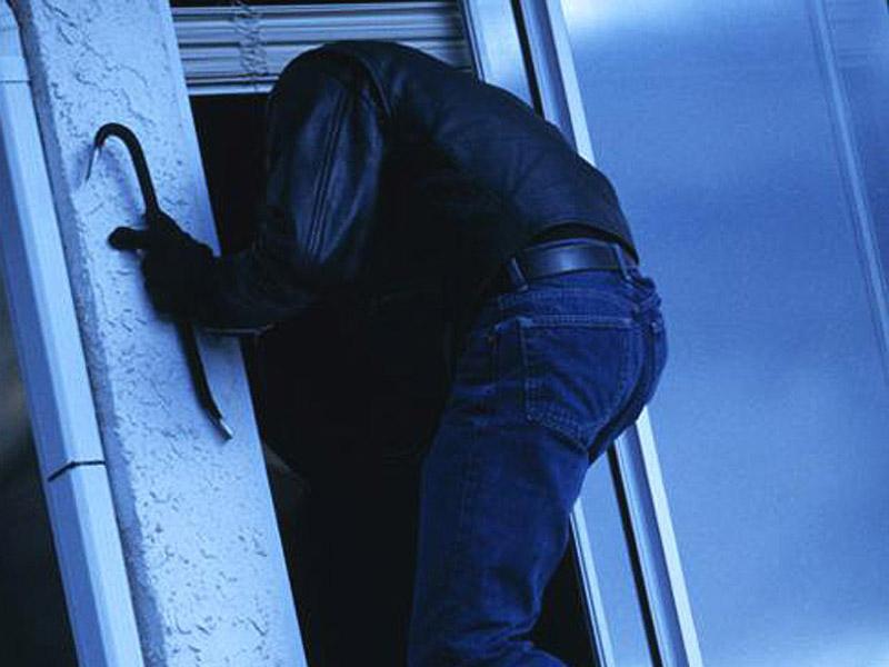 1413089793_1 Юношам грозит тюремный срок за кражу семечек