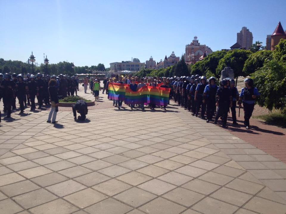 5298_831286010294344_8486978238835910219_n В Киеве прошел гей-парад: есть пострадавшие и задержанные (фото)