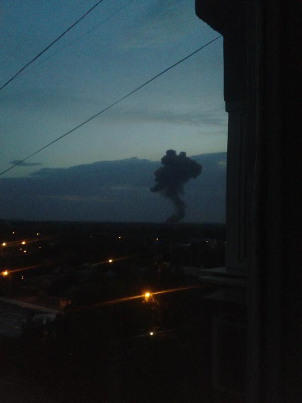 6f19f79c11f95643702fddba2e54403c В Донецке прогремел мощнейший взрыв (добавлены фото)