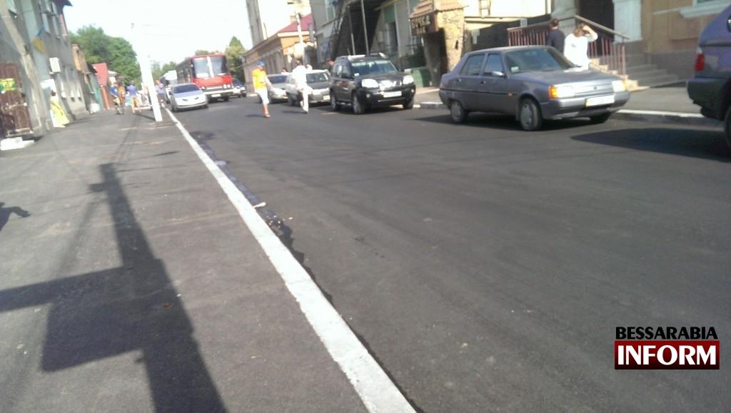 """ATT_1434438771152_IMAG3012-1024x579 """"Я паркуюсь как дурак"""" и перекрываю движение автобусов"""
