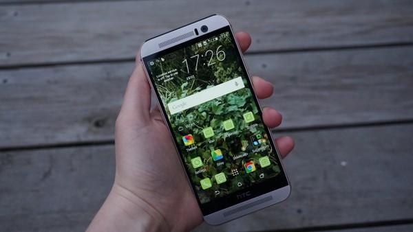 HTC-One-M9 Топ-10 лучших смартфонов 2015 года
