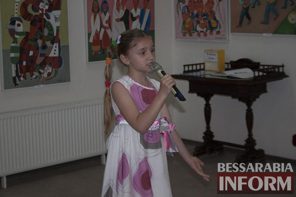 Феерическая выставка детского творчества в Измаильской картинной галерее