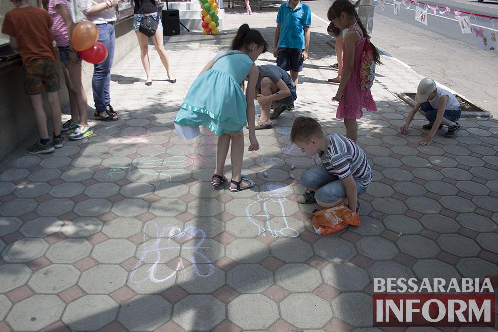 IMG_1721 Феерическая выставка детского творчества в Измаильской картинной галерее