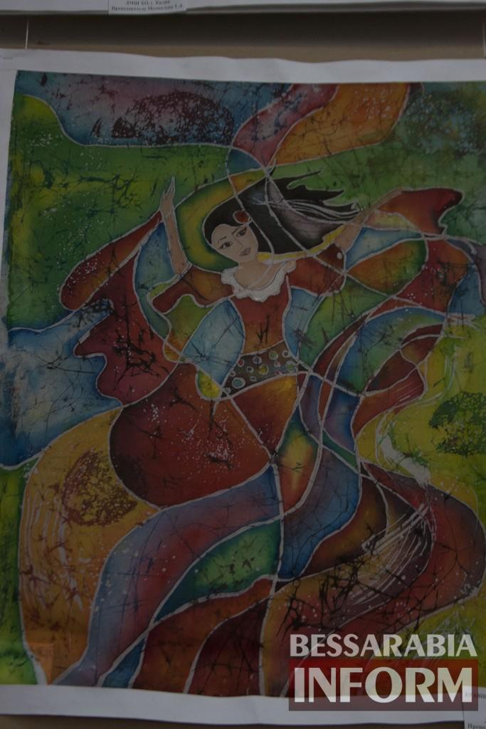 IMG_1737-683x1024 Феерическая выставка детского творчества в Измаильской картинной галерее