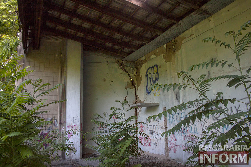IMG_2661 Печальная судьба измаильского кинотеатра «Победа» (фоторепортаж)