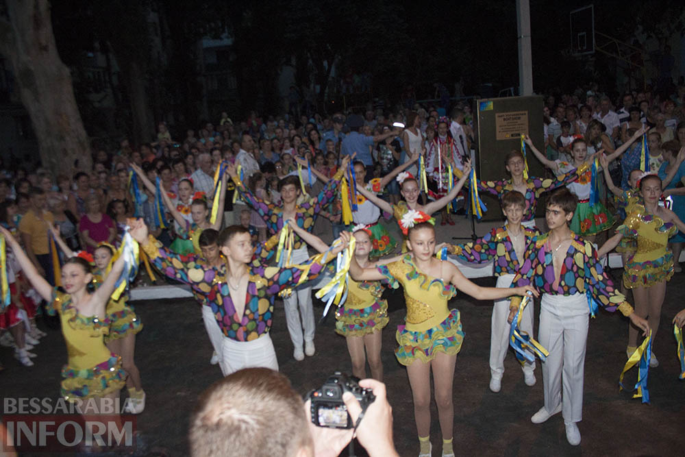 В Измаиле открыли светомузыкальный фонтан (фото,видео)