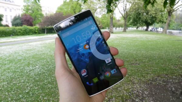 OnePlus-One Топ-10 лучших смартфонов 2015 года