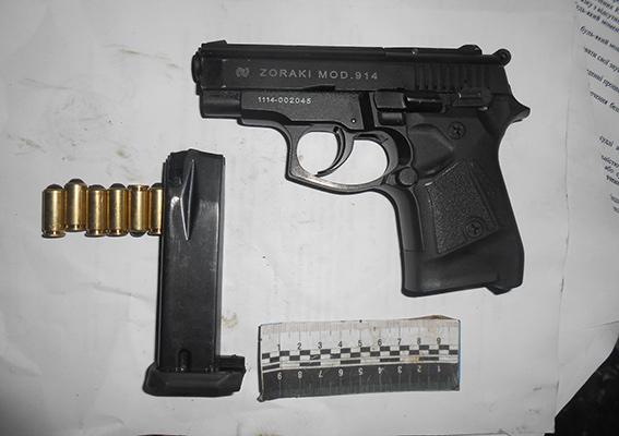 PM78image0041 Измаильчанин катался по городу с оружием и наркотиками