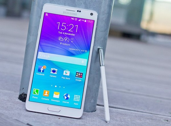 Samsung-Galaxy-Note-4 Топ-10 лучших смартфонов 2015 года