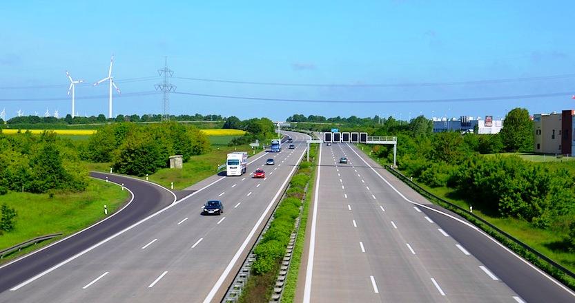 Саакашвили: автобан Одесса - Рени начнут строить уже в этом году