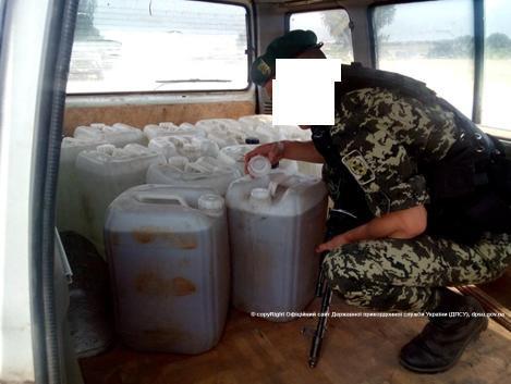 news_20150610_114149_1433925709 Пограничники изъяли партию контрабандного спирта