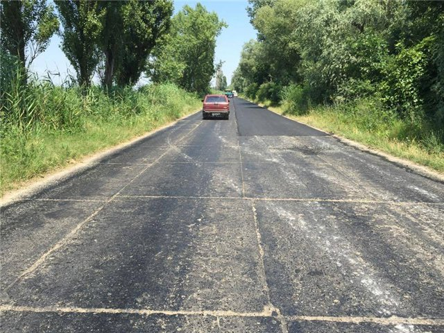 Фотофакт: в Измаильском районе стартовал ремонт дорог