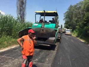 дороги Фотофакт: в Измаильском районе стартовал ремонт дорог