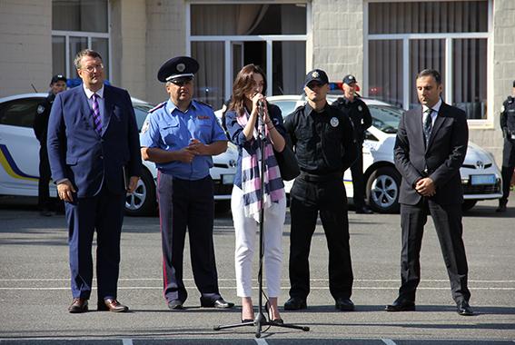 полиция В Одессе представили новую патрульную полицию (фото, видео)